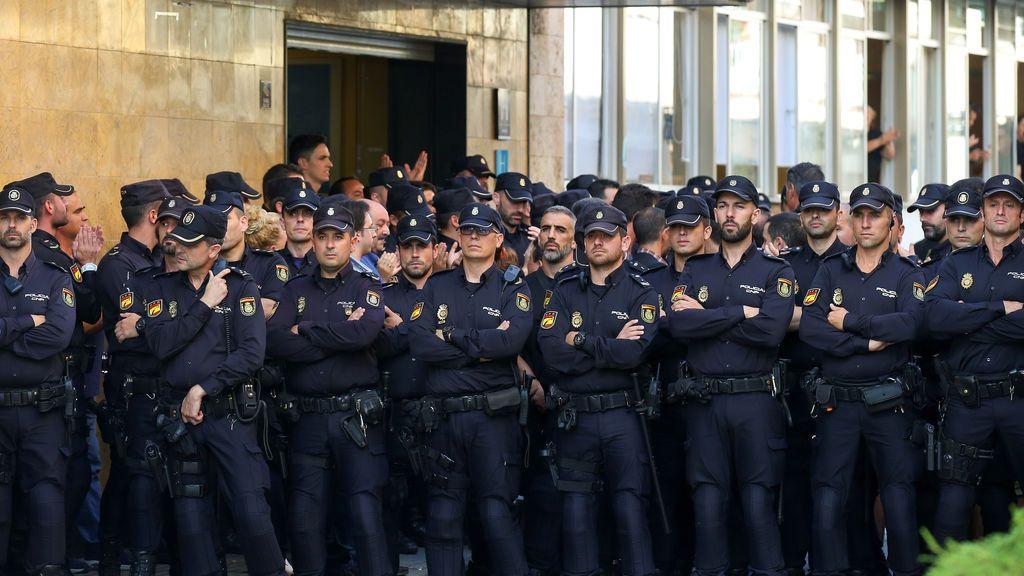 Los sindicatos policiales piden al TC que suspenda en funciones al Gobierno catalán