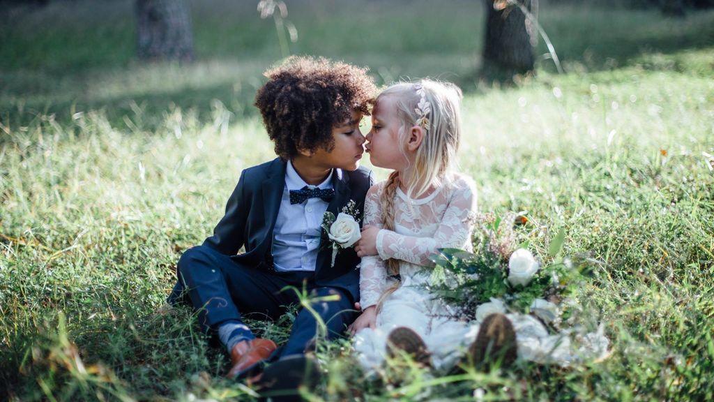 La boda más precoz: Estos niños se casan con 3 y 5 años