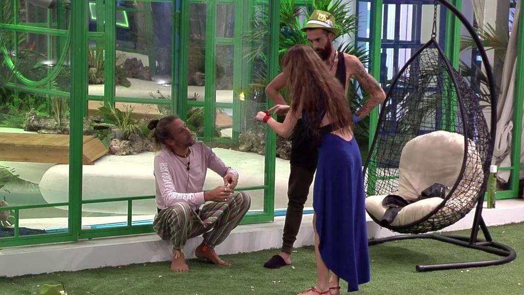 Maico y Carlota a la 'gresca' por la relación con José María