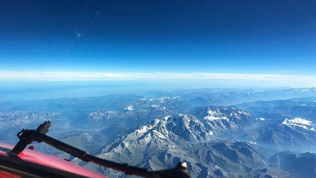 Las imágenes son tomadas en pleno vuelo