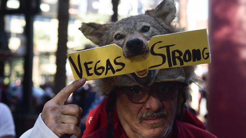 Continúan las muestras de apoyo a las Vegas tras la masacre