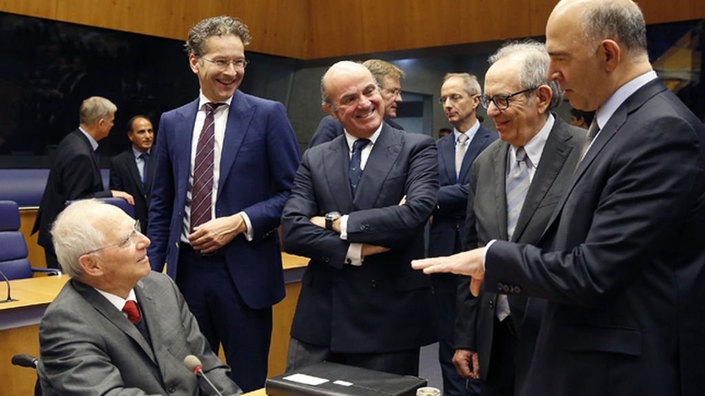 """El Eurogrupo no aborda la situación de Cataluña e insiste en que es un asunto """"interno"""""""