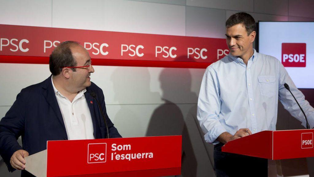Pedro Sánchez vuelve a Cataluña para pedir diálogo antes del pleno de Puigdemont
