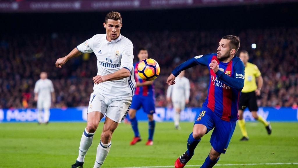 Partido de Liga entre el Real Madrid y el F.C. Barcelona