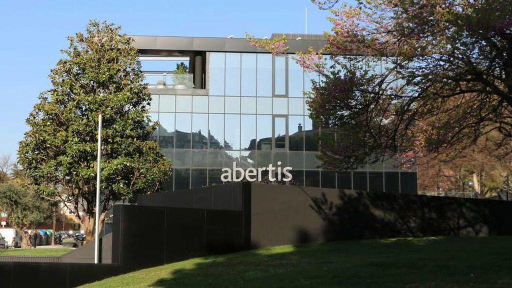 Abertis y Colonial abordan hoy en un consejo extraordinario mover su sede de Barcelona