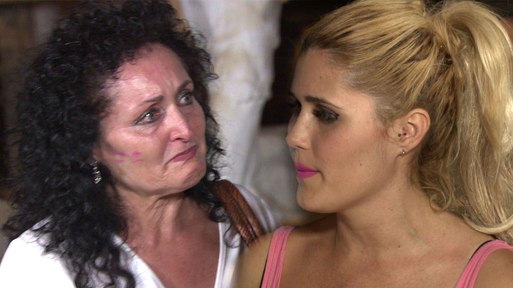 María confunde a la expulsada de su hijo Jaime y acaba entre lágrimas