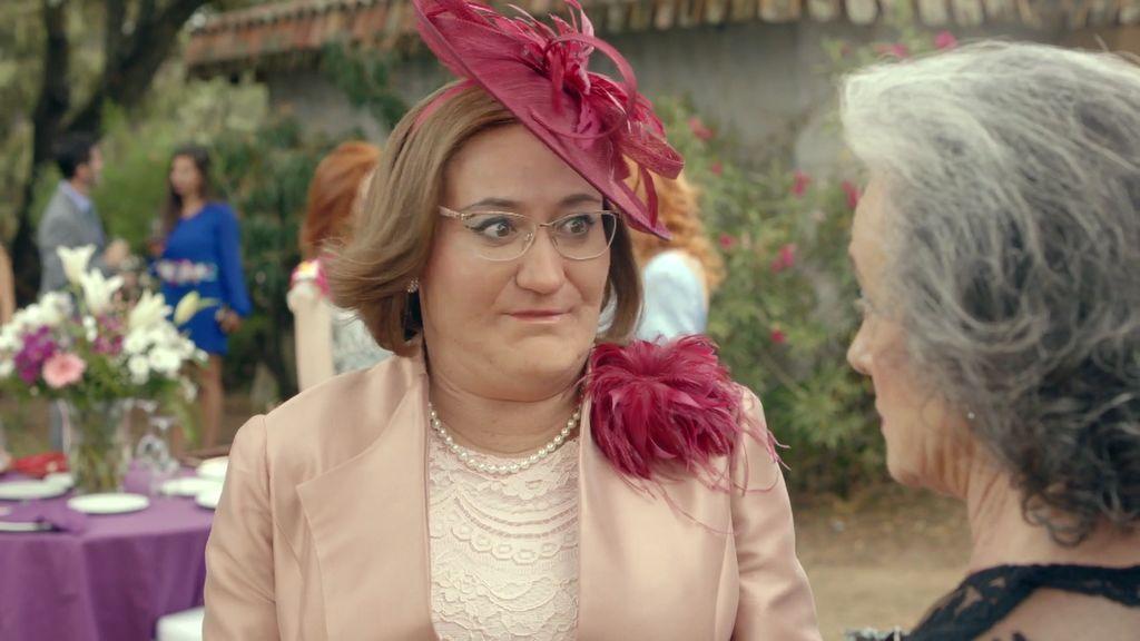 En el próximo capítulo… Avelina aconseja a Juan Carlos sobre cómo conquistar a Sara