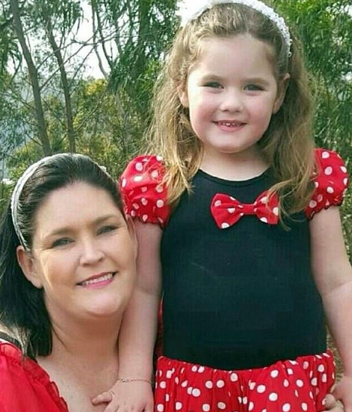 Una niña enfrenta la menopausia con tan sólo cinco años