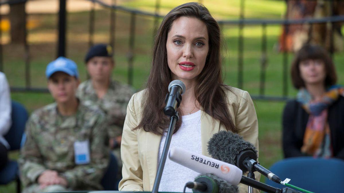 Angelina Jolie aceptó ser el cebo para capturar a un señor de la guerra en Uganda