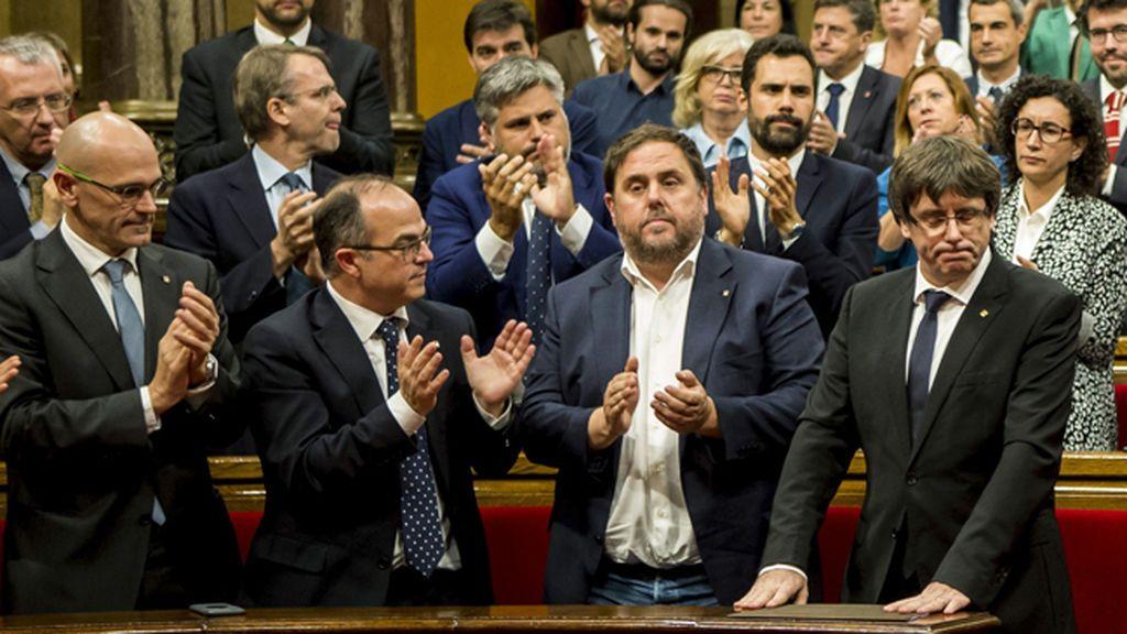 Declaración íntegra de Puigdemont en el Parlament