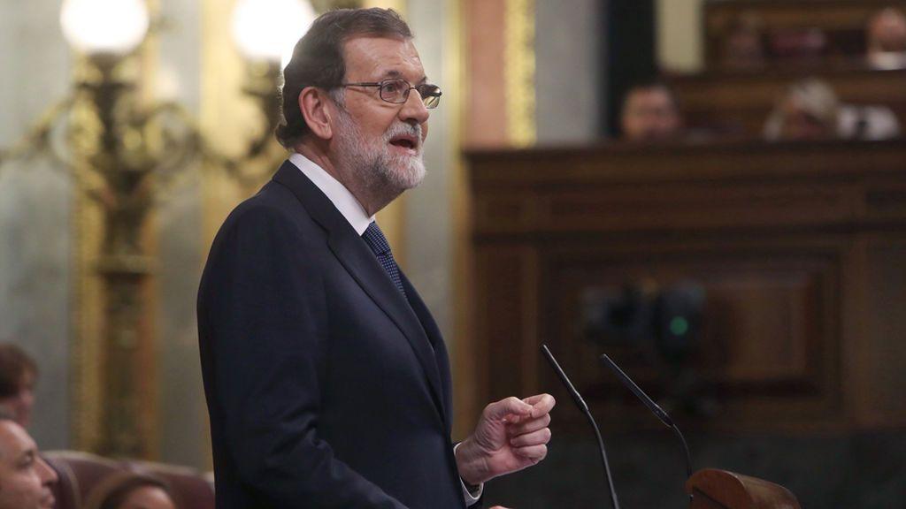 """Rajoy defiende el 155 y avisa a Puigdemont: """"Deseo que acierte en su respuesta"""""""