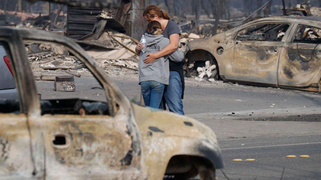 Las historias detrás del terrible desastre que abrasa California