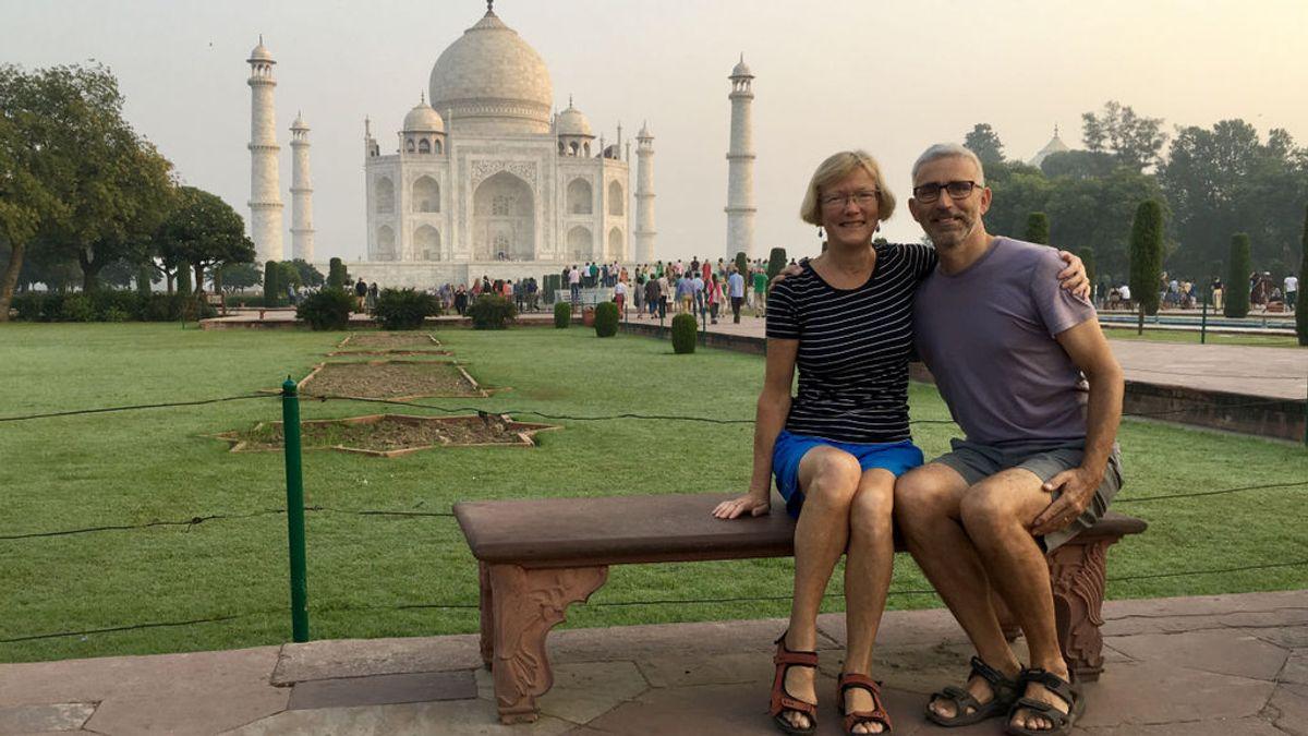 Muere un hombre al caer de un templo indio cuando se hacía un selfi