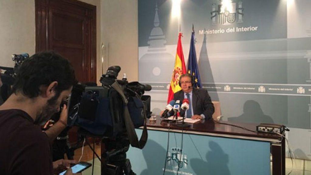 """Zoido: si la respuesta de Puigdemont no es clara """"se entenderá que  ha declarado la independencia"""""""