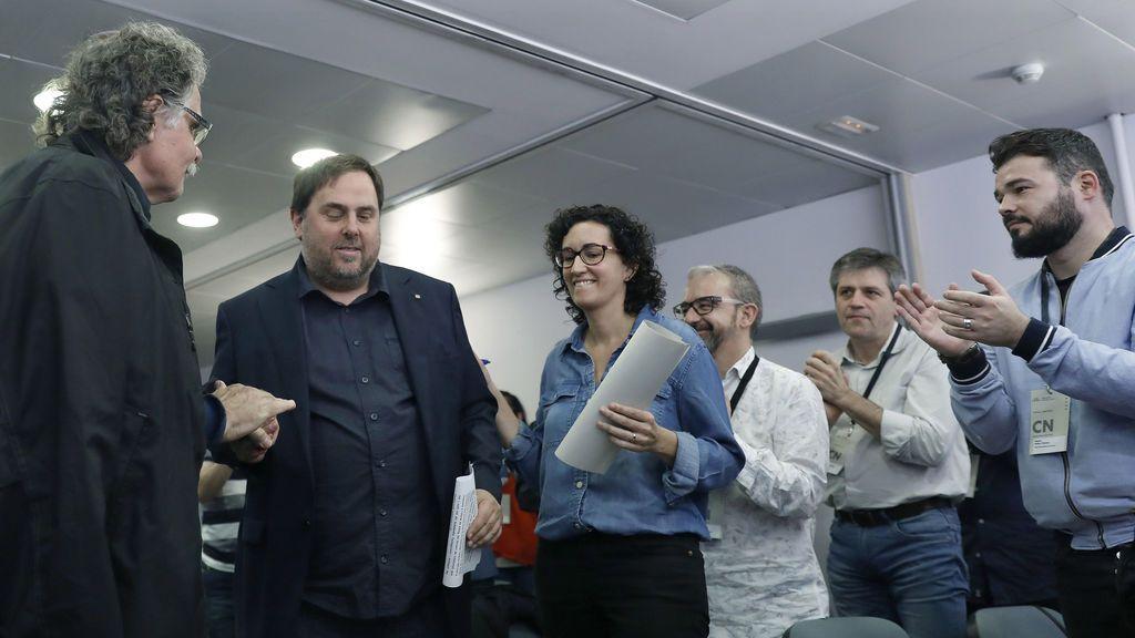 El soberanismo catalán debate la respuesta que debe dar Puigdemont a Rajoy