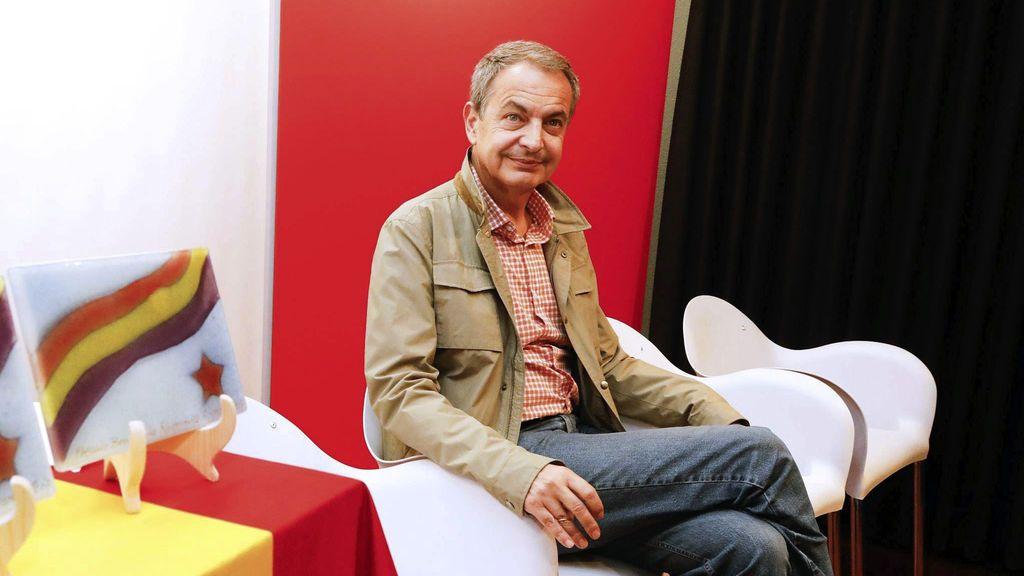 "Zapatero pide a Puigdemont que ""rectifique"" en busca de ""deliberación razonable"""