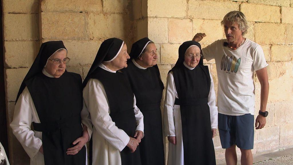 ¡Momentazo! Jesús Calleja entrevista a estas  divertidas monjas de clausura