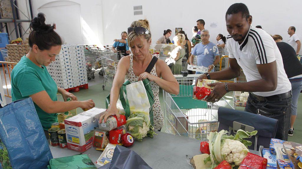 Casi un 28% de la población en España vive en riesgo de pobreza o exclusión social