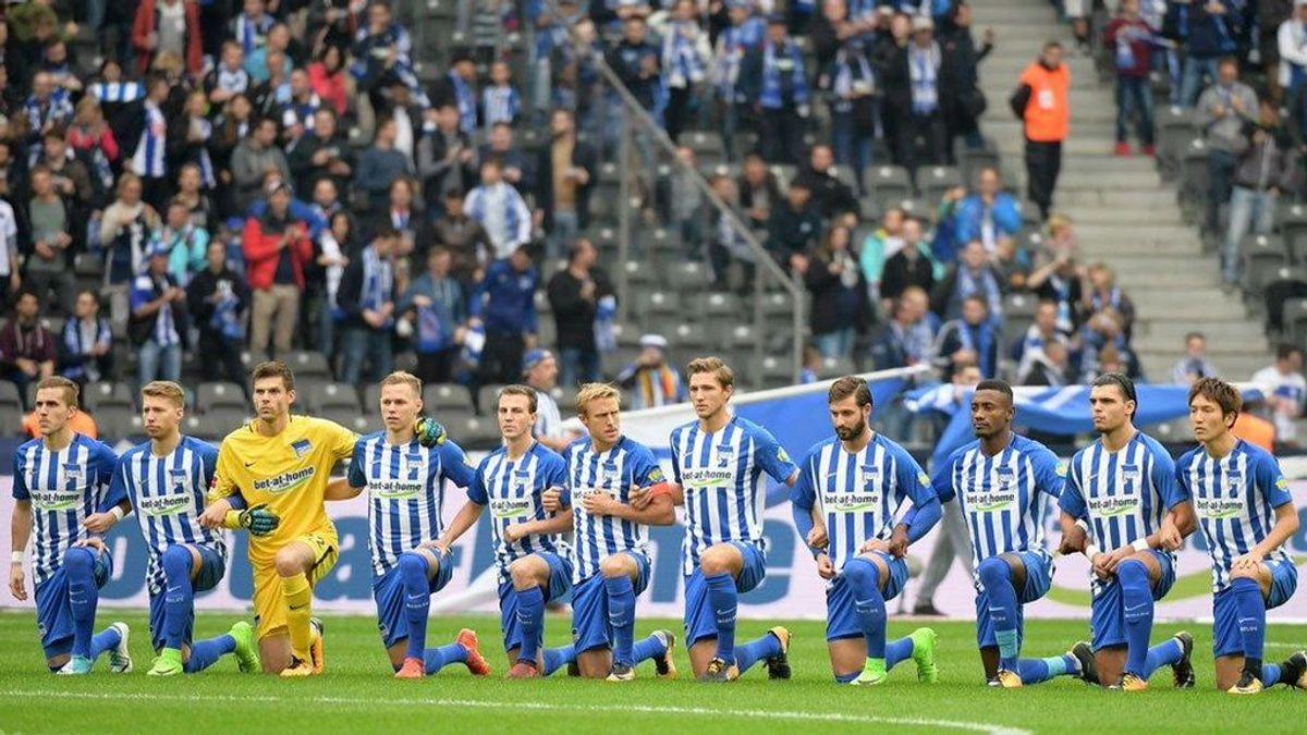 La protesta contra la discriminación en EEUU llega al fútbol: el Hertha Berlin se une al movimiento anti-Trump