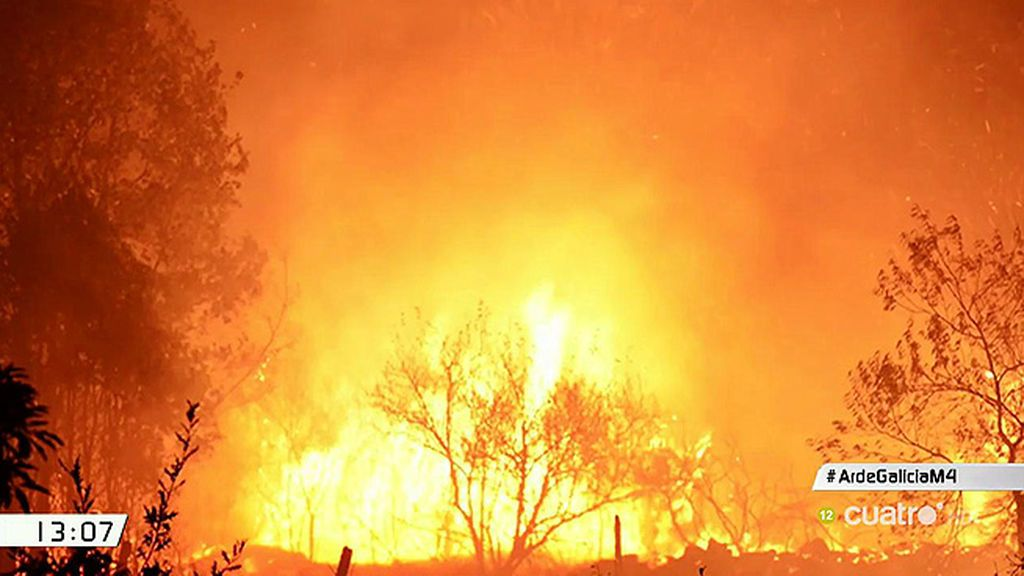 Impactantes imágenes de los vecinos intentando apagar el fuego en Galicia