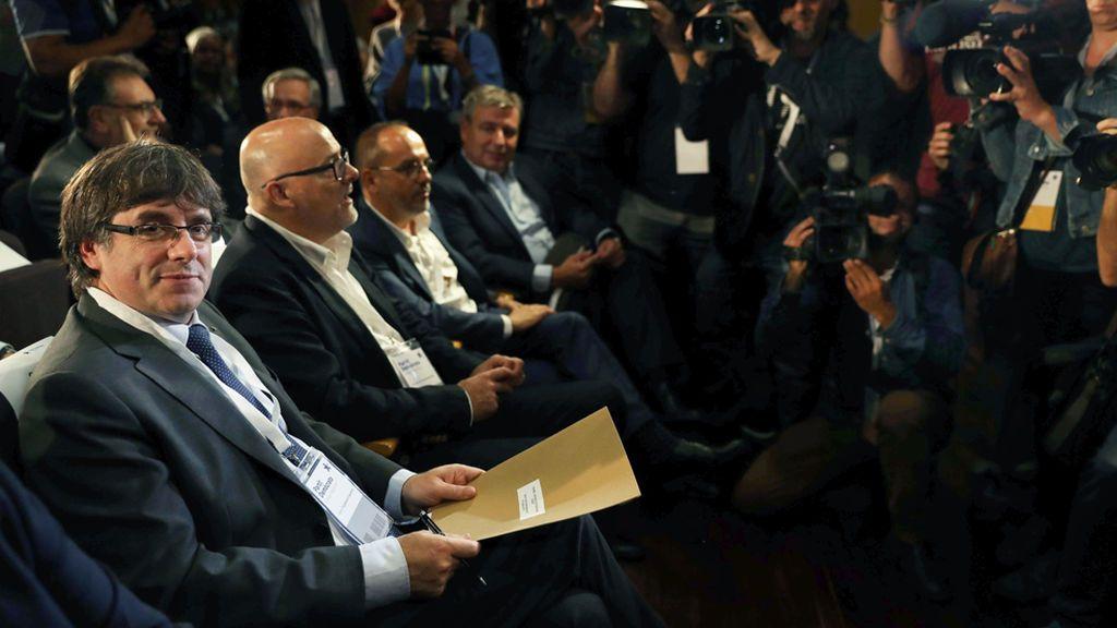 """PDeCAT avala que Puigdemont """"levante la suspensión"""" de la independencia si se aplica el artículo 155"""