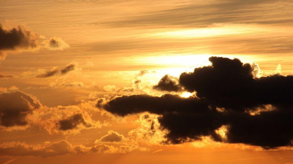 sunset-1370172_1920