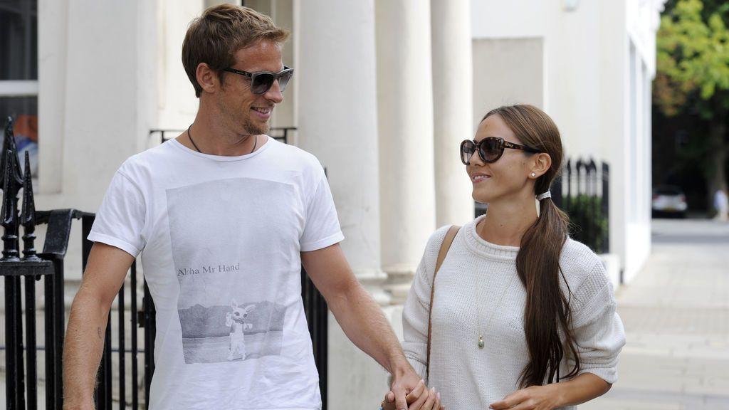 Jenson Button revela como el multimillonario Richard Branson intentó sobrepasarse con su mujer
