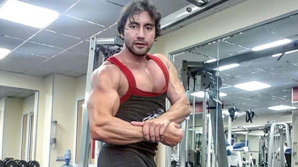 Fallece un fisicoculturista tras sufrir un desgarro en el tríceps del brazo mientras entrenaba