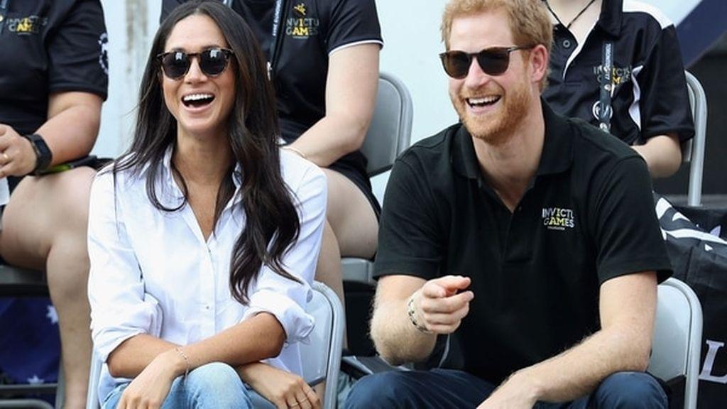 La actriz Meghan Markle y el príncipe Harry de Inglaterra