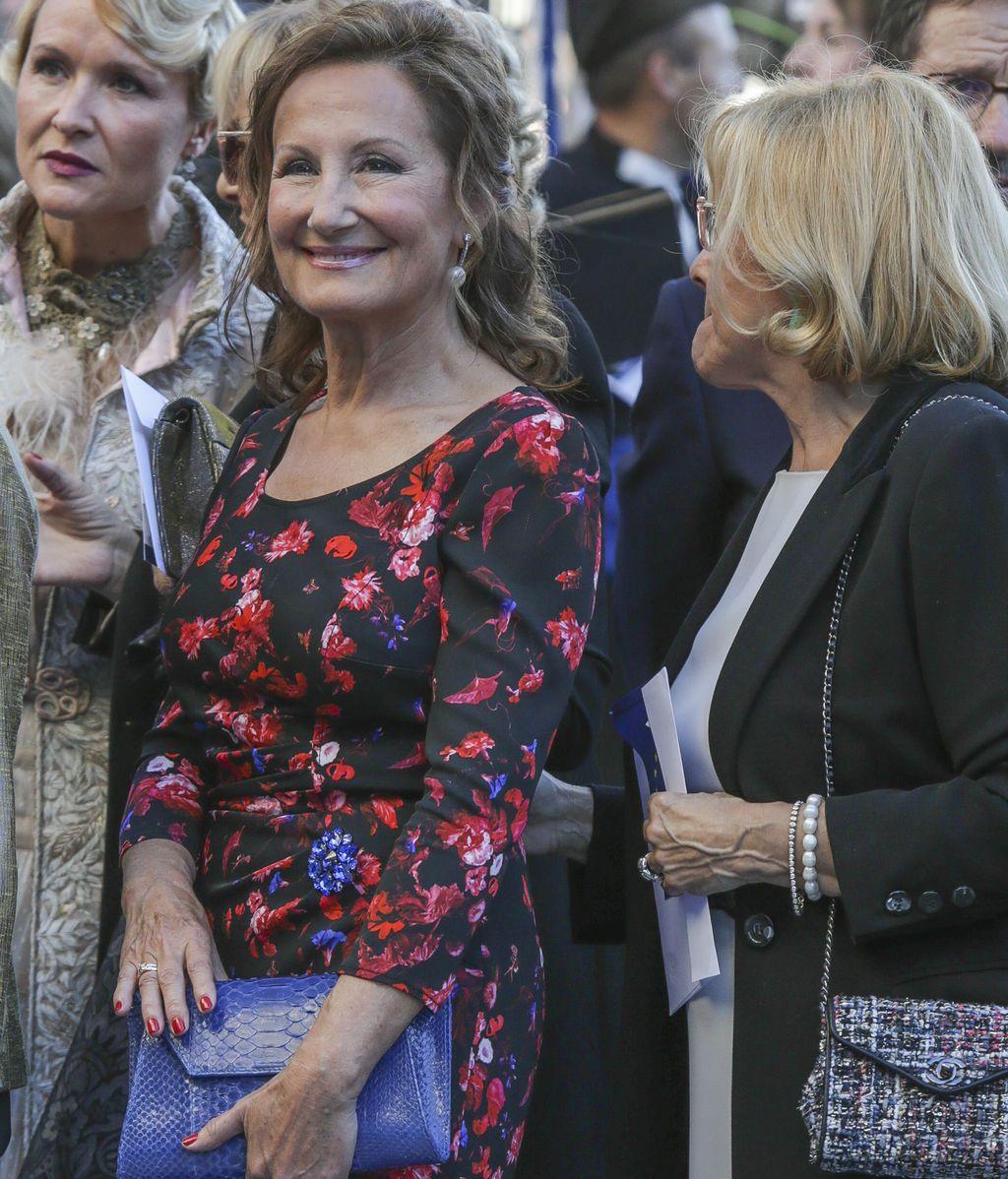 Paloma Rocasolano, fiel al estilo de Letizia, con un entallado vestido con estampado floral