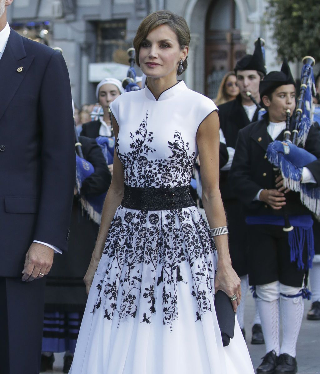 La reina Letizia, con un vestido de Felipe Varela