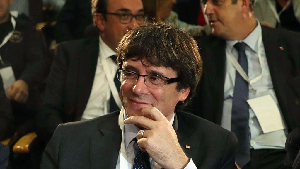 Fiscalía tiene preparada una querella por rebelión contra Puigdemont para el caso de que declare la independencia