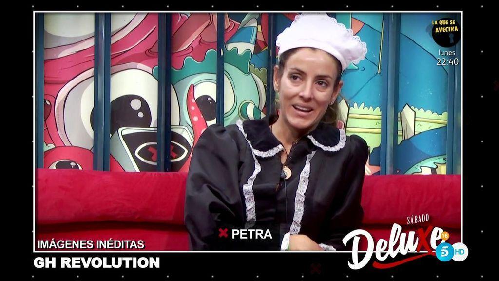 Imágenes inéditas 'GH Revolution': Petra opina que Cristian F se está alejando de ella