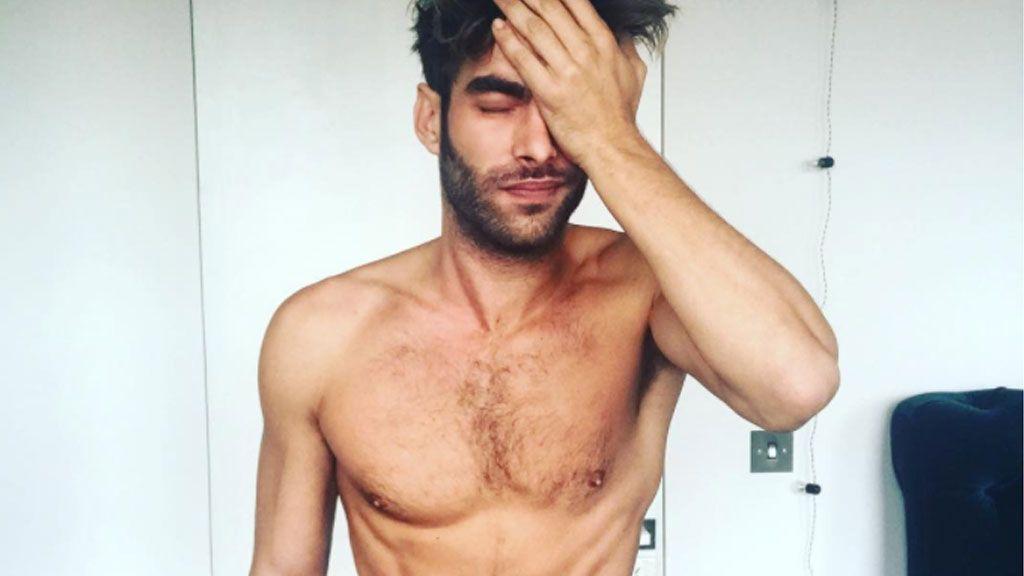 Sin ropa y en una sauna: así afronta Jon Kortajarena el 'jet lag'