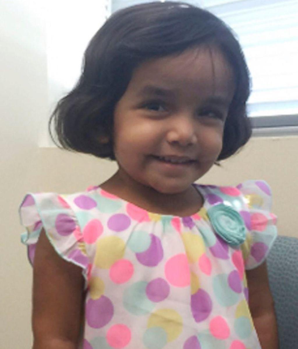 Encuentran el cuerpo de un menor cerca de la casa de Sherin Mathews, la niña de tres años desaparecida