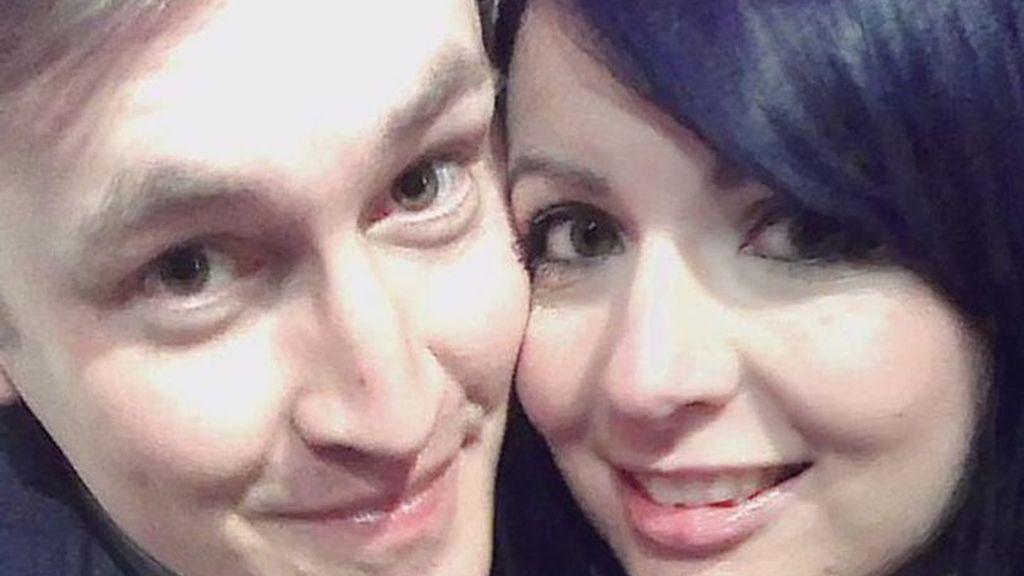 Una doble vida: su novio tenía otra relación desde hacía 6 años y no era policía como le dijo