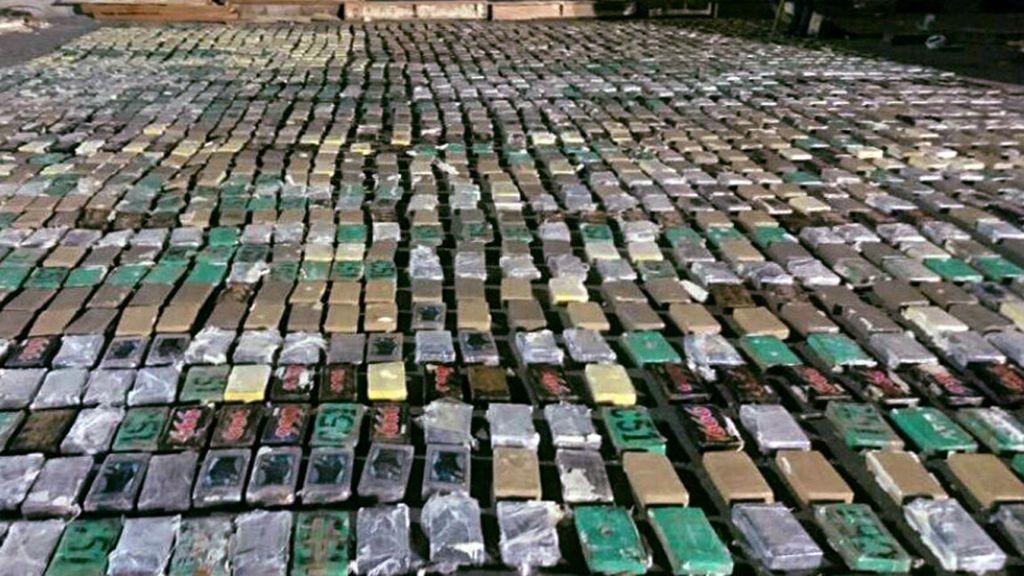 Incautan en Colombia más de dos toneladas de cocaína con destino a España