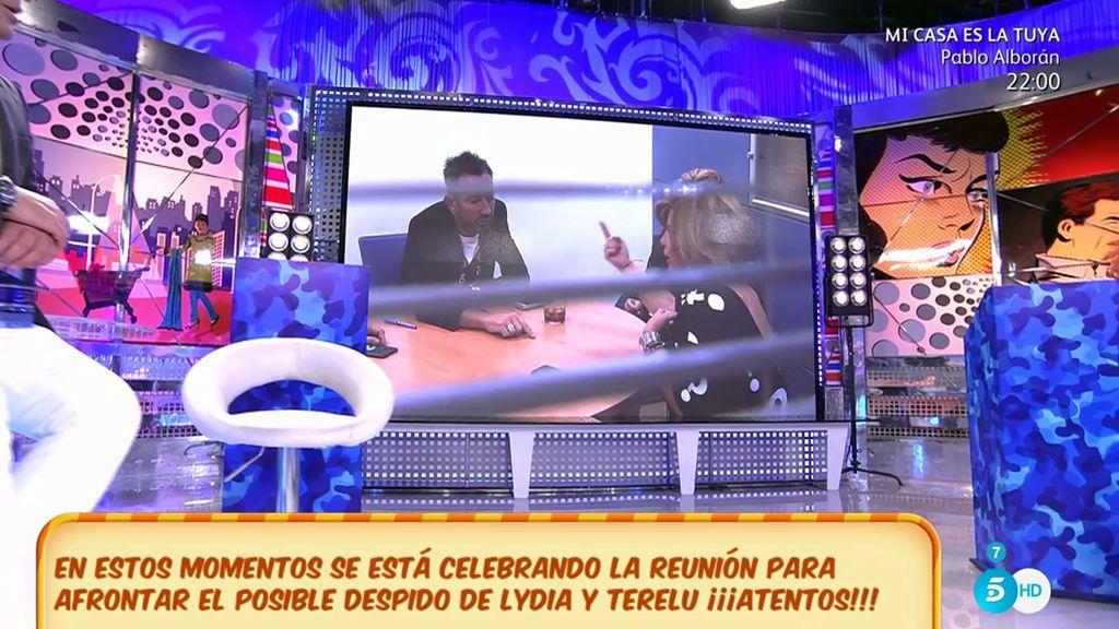Terelu Campos y Lydia Lozano, reunidas cara a cara con los directores de 'Sálvame'