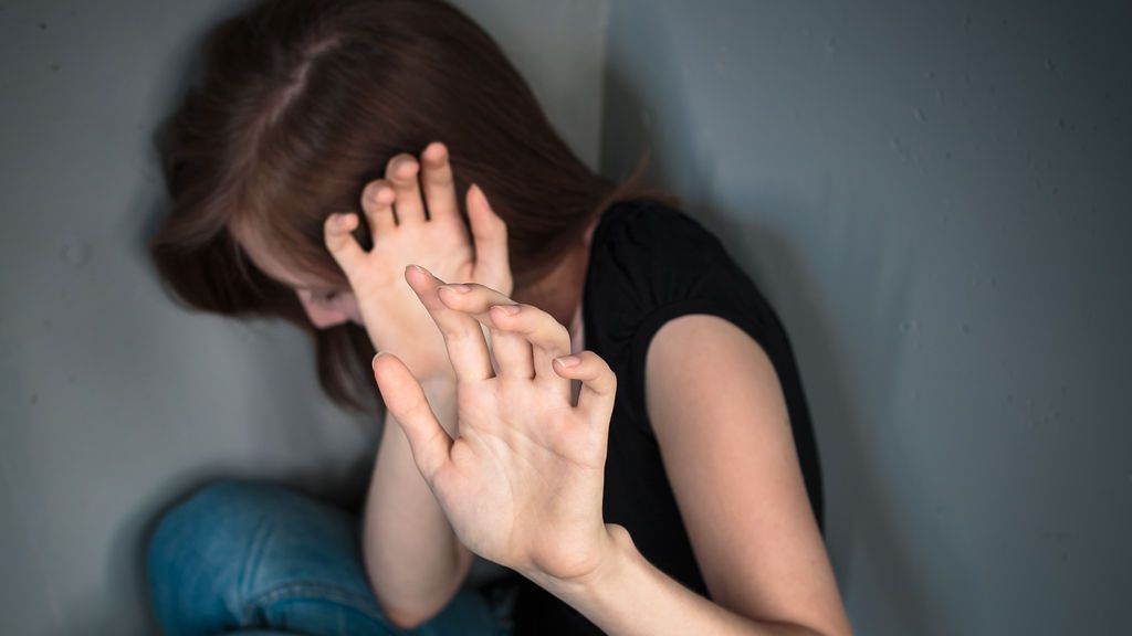 Detenido un padre por violar a su hija durante 20 años y tener ocho hijos con ella