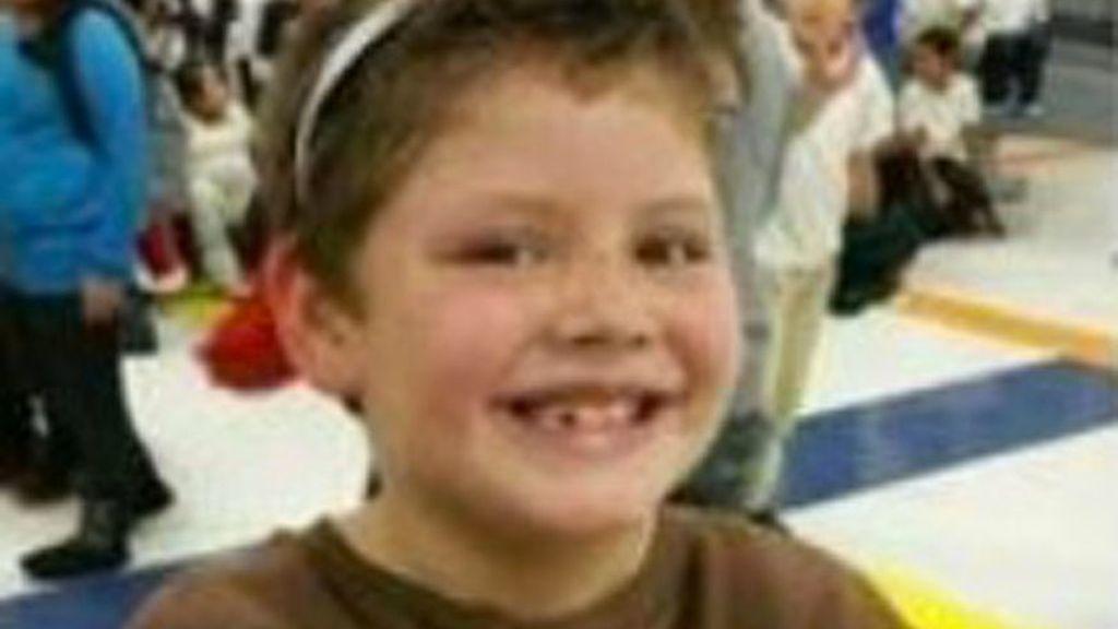 Un escolar mata con una ballesta a un compañero y hiere a su hermano, por una pelea