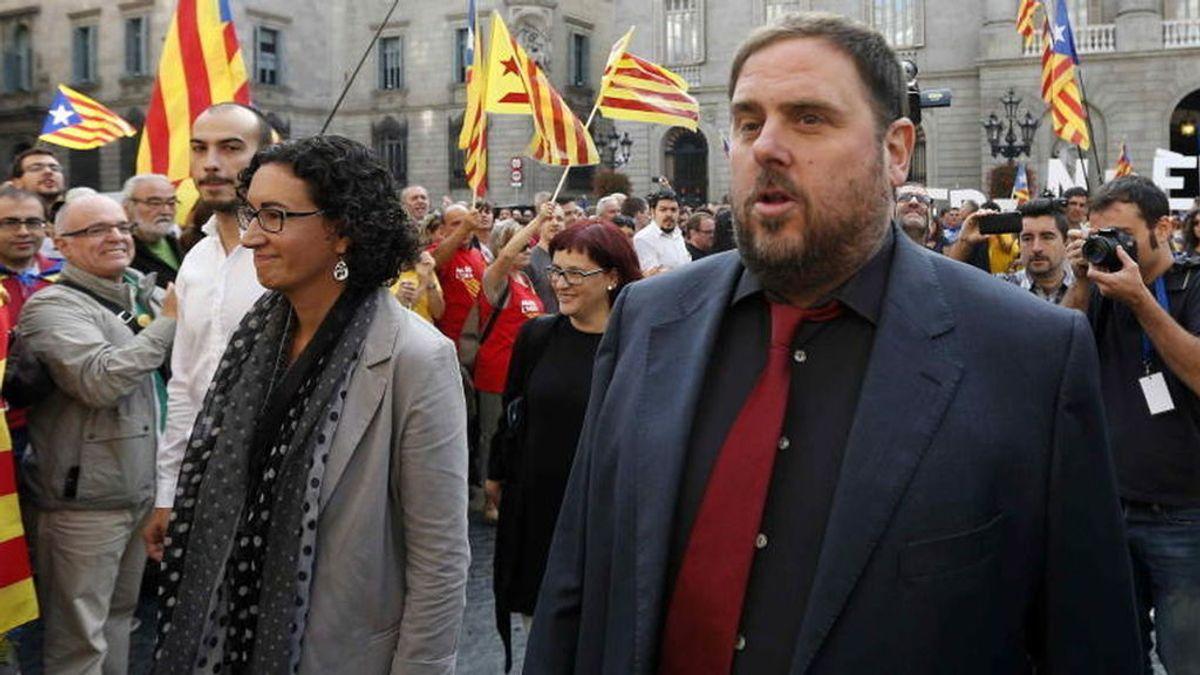Puigdemont se reúne con el vicepresidente Junqueras y Rovira (ERC) en la Generalitat