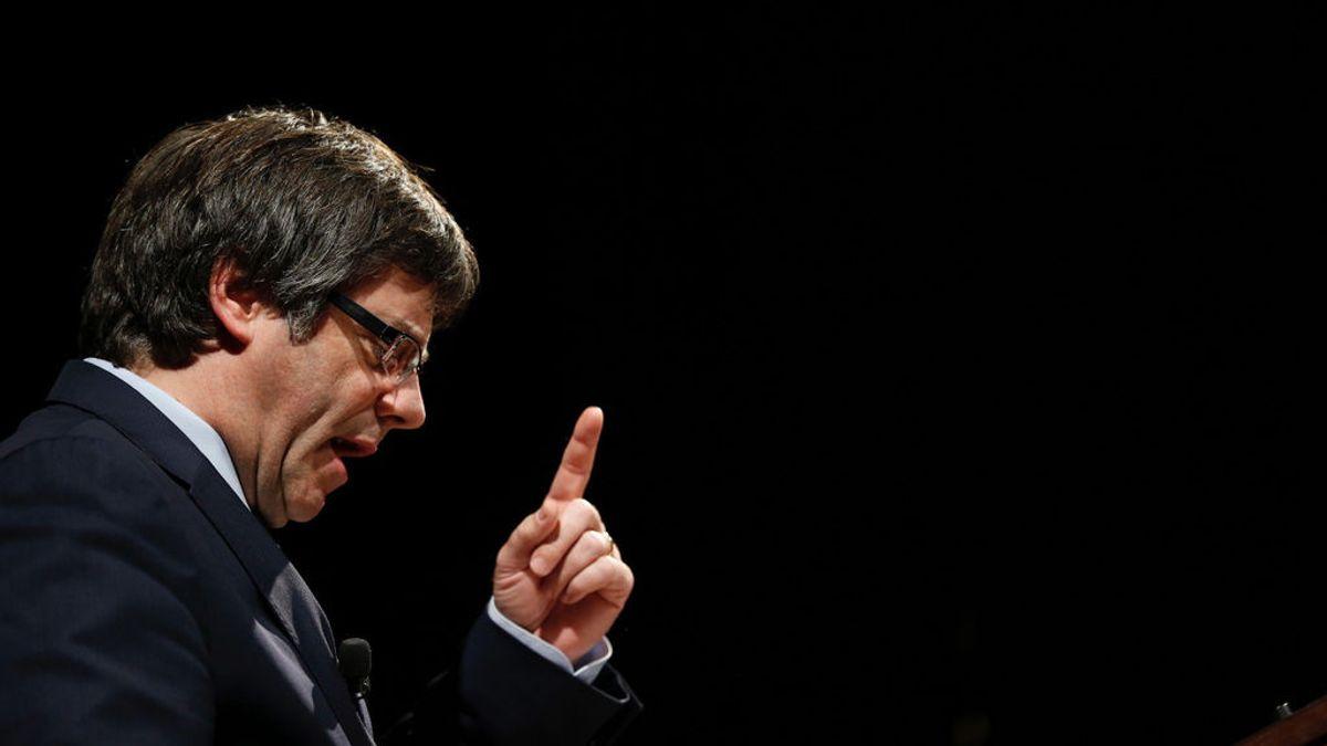 Puigdemont propone convocar elecciones en Catalunya, según Junts pel Sí