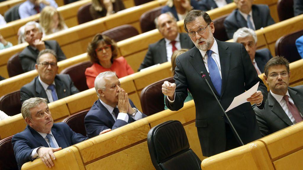 """El Gobierno desconfía de Puigdemont y avanza hacia la aplicación """"inmediata"""" del 155"""