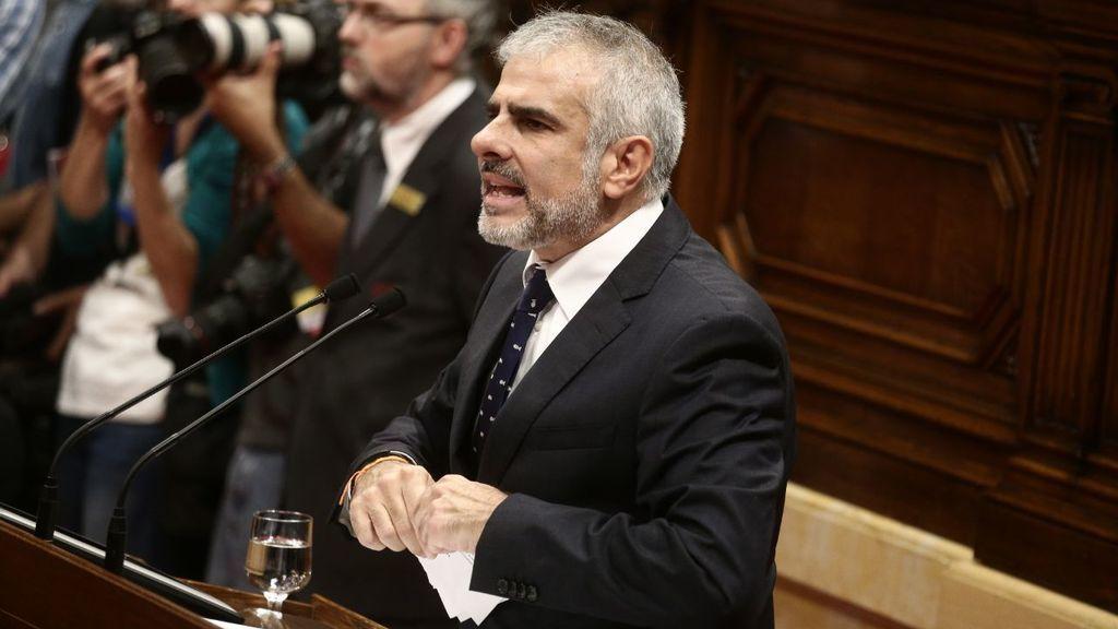 Ciudadanos estalla y rompe en el Parlamento de Cataluña la propuesta de independencia