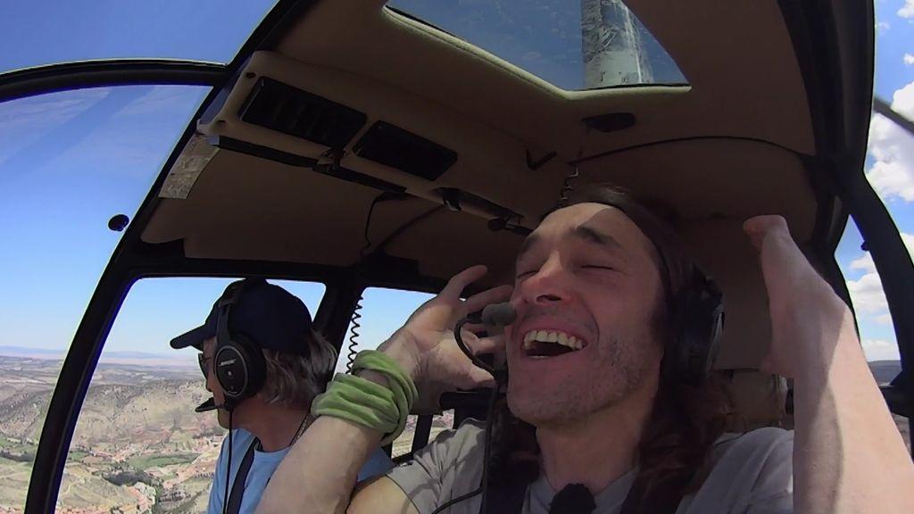 """Iván, en el helicóptero: """"Esto es una pasada... ¡es mejor que el sexo!"""""""