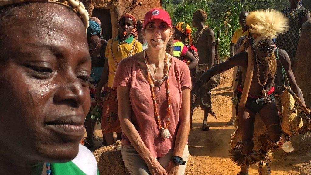 ¿Una gaditana en la tribu de Otomari? Paz Padilla enseña castellano en un desternillante vídeo