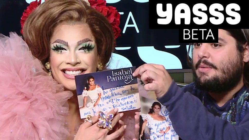 Valentina recibe un regalo de Isabel Pantoja
