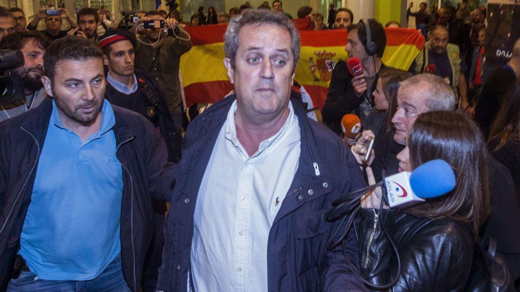 Los exconsellers Forn y Bassa llegan a Barcelona tras acompañar a Puigdemont en Bruselas