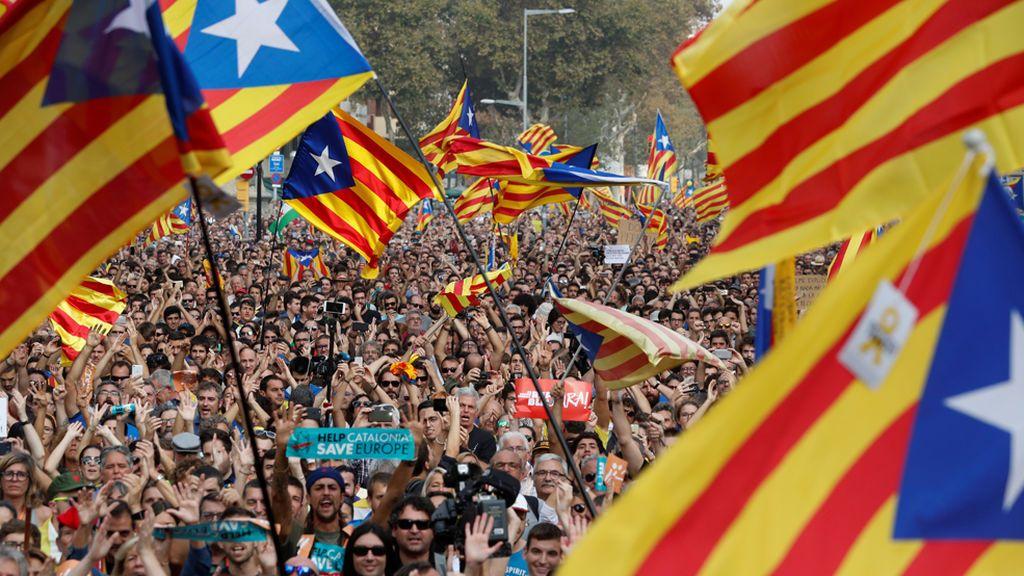 Un 48,7% de catalanes quiere la independencia, 7 puntos más que en junio, según el CEO