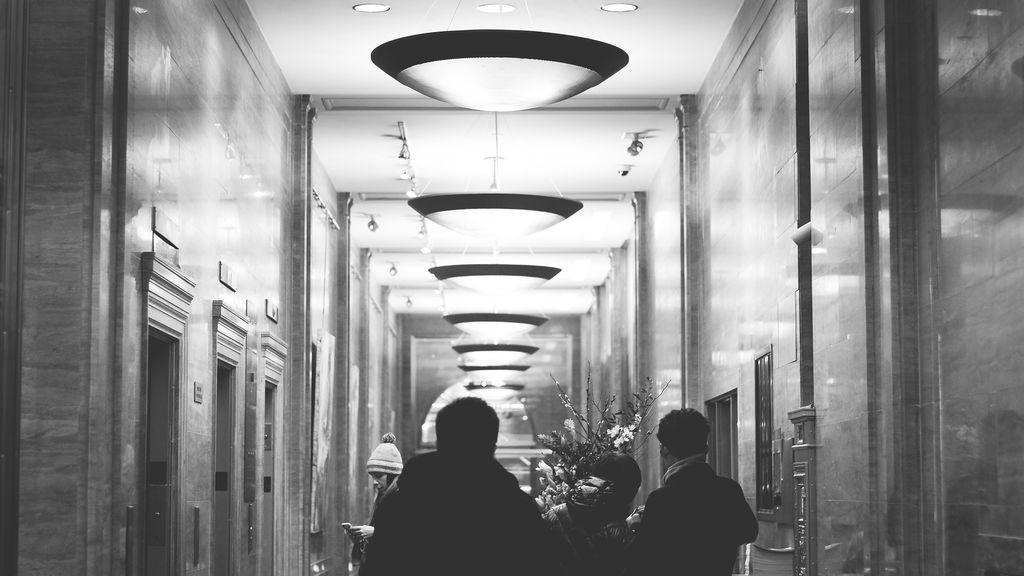 Cambia el tiempo: 10 frases de ascensor (con gif) que te hartarás de escuchar estos días